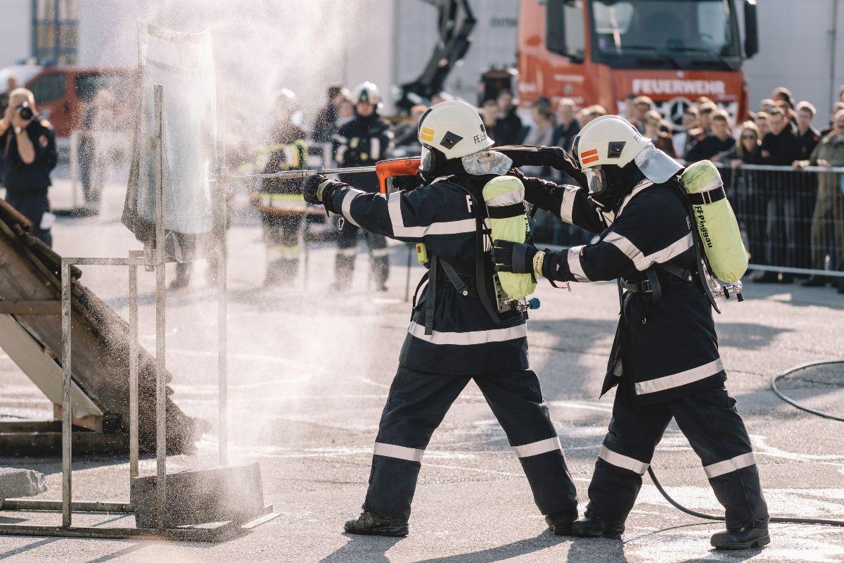 tűzoltó felnőtteknél)