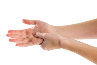 miért jelennek meg szemölcsök a férfiak kezén