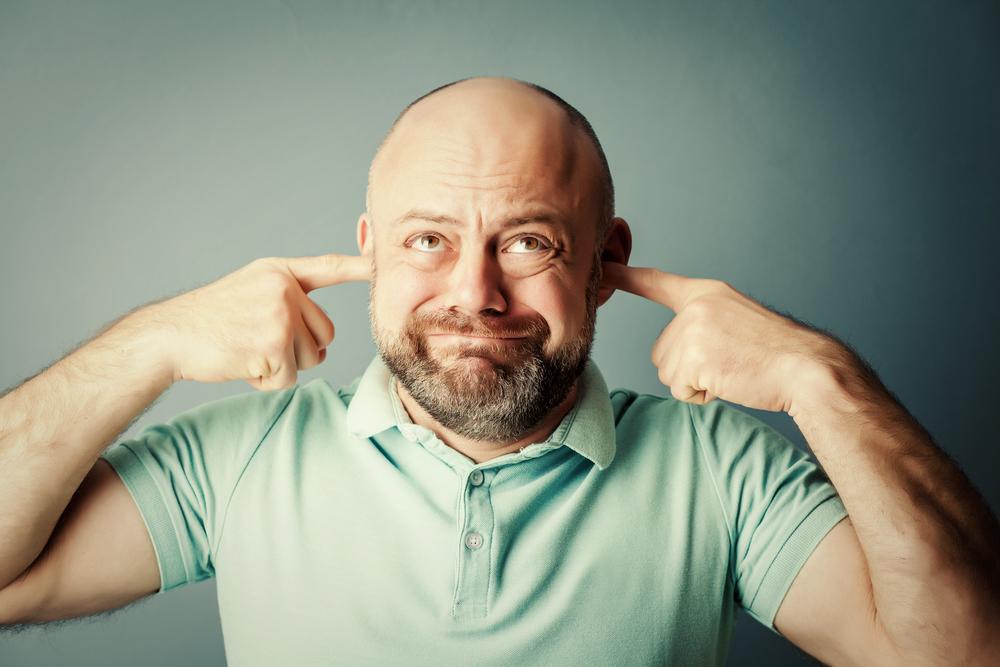 giljotinnal rendelkező férfi tünetei